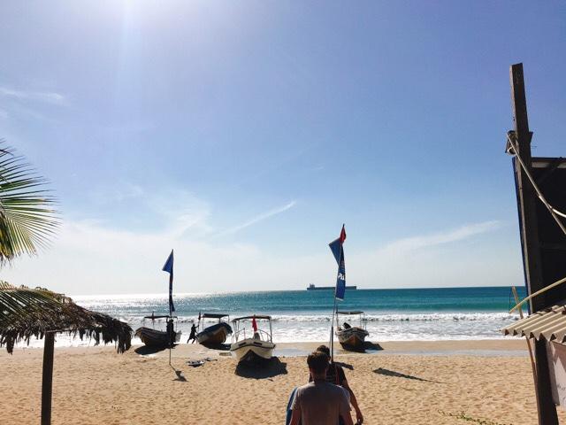 Sri Lanka Jasmine Tours & Drivers スリランカジャスミンツアーズ撮影。 トリンコマリーの海