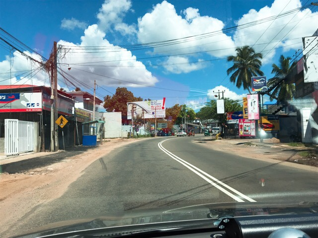 スリランカジャスミンツアーズ撮影 ネゴンボの街並