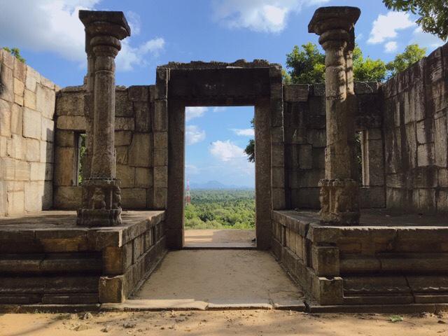 Sri Lanka Jasmine Tours & Drivers  スリランカジャスミンツアーズ撮影 ヤーパフワの門 絶景
