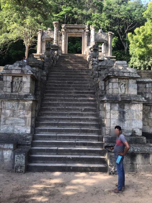 Sri Lanka Jasmine Tours & Drivers  スリランカジャスミンツアーズ撮影 ヤーパフワの階段その3