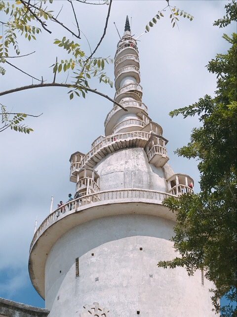 Sri Lanka Jasmine Tours & Driver スリランカジャスミンツアーズ撮影。 アンブルワワ(アンブルワーワ)・タワーを改めて見る