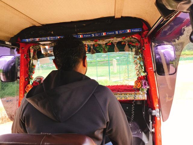 Sri Lanka Jasmine Tours & Drivers スリランカジャスミンツアーズ撮影。ヌワラエリヤのトゥクトゥク